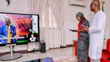 Governor Sanwo-Olu worship online at Easter